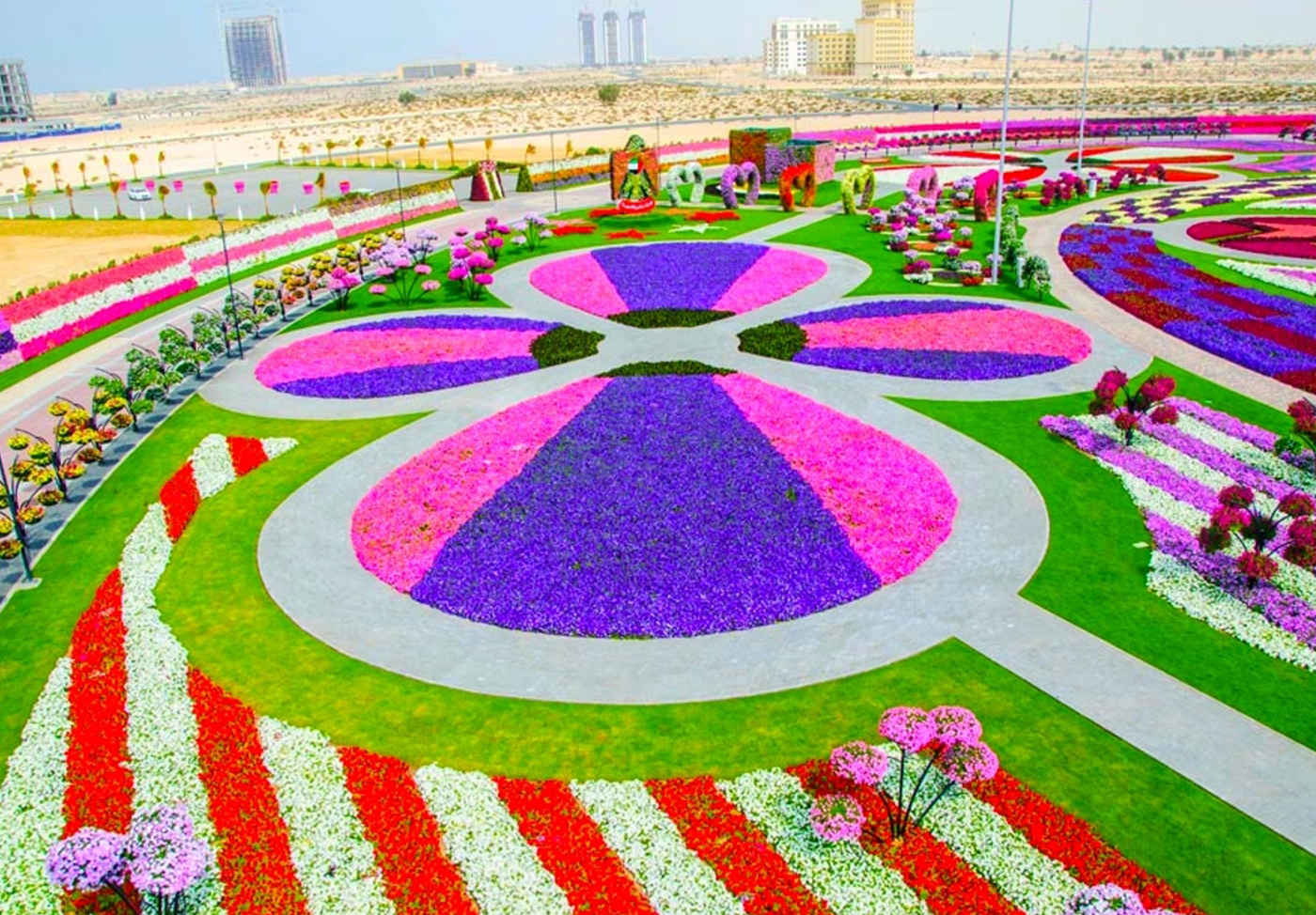 Mybestplace Miracle Garden A Flower Garden In The Heart Of The