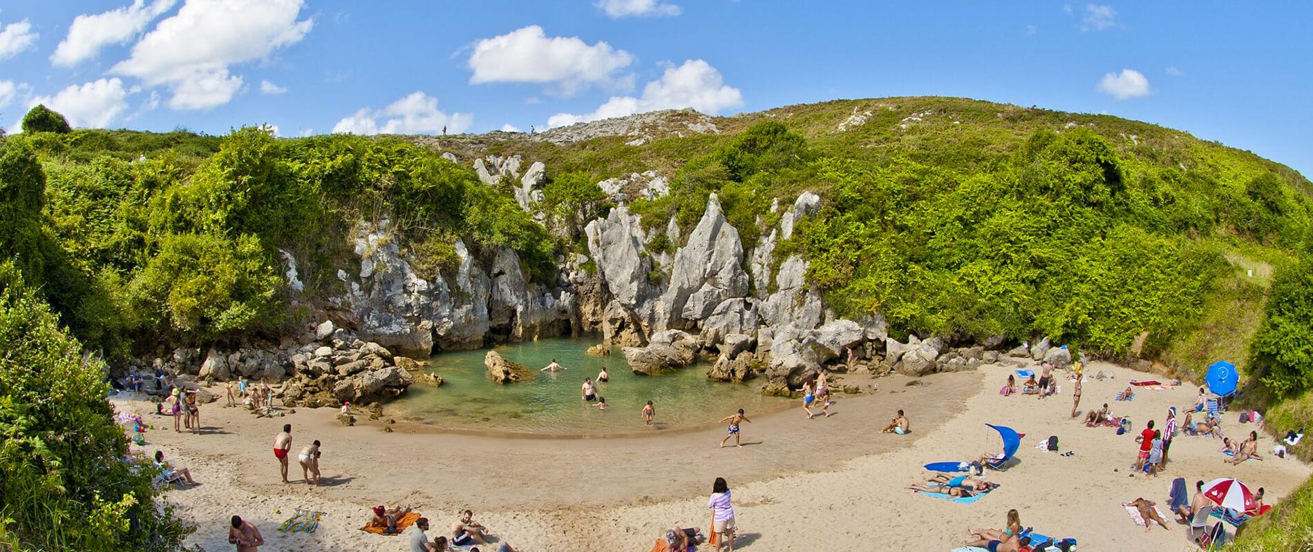 Playa de Gulpiyuri, la spiaggia senza vista sul mare
