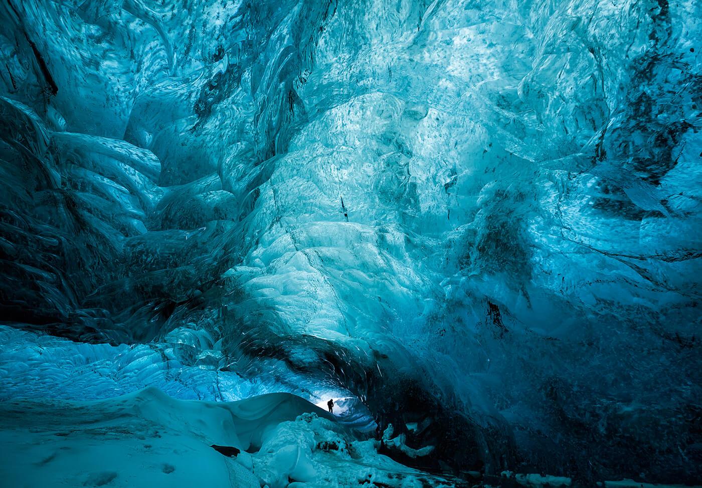 Crystal-Cave-Islanda-1