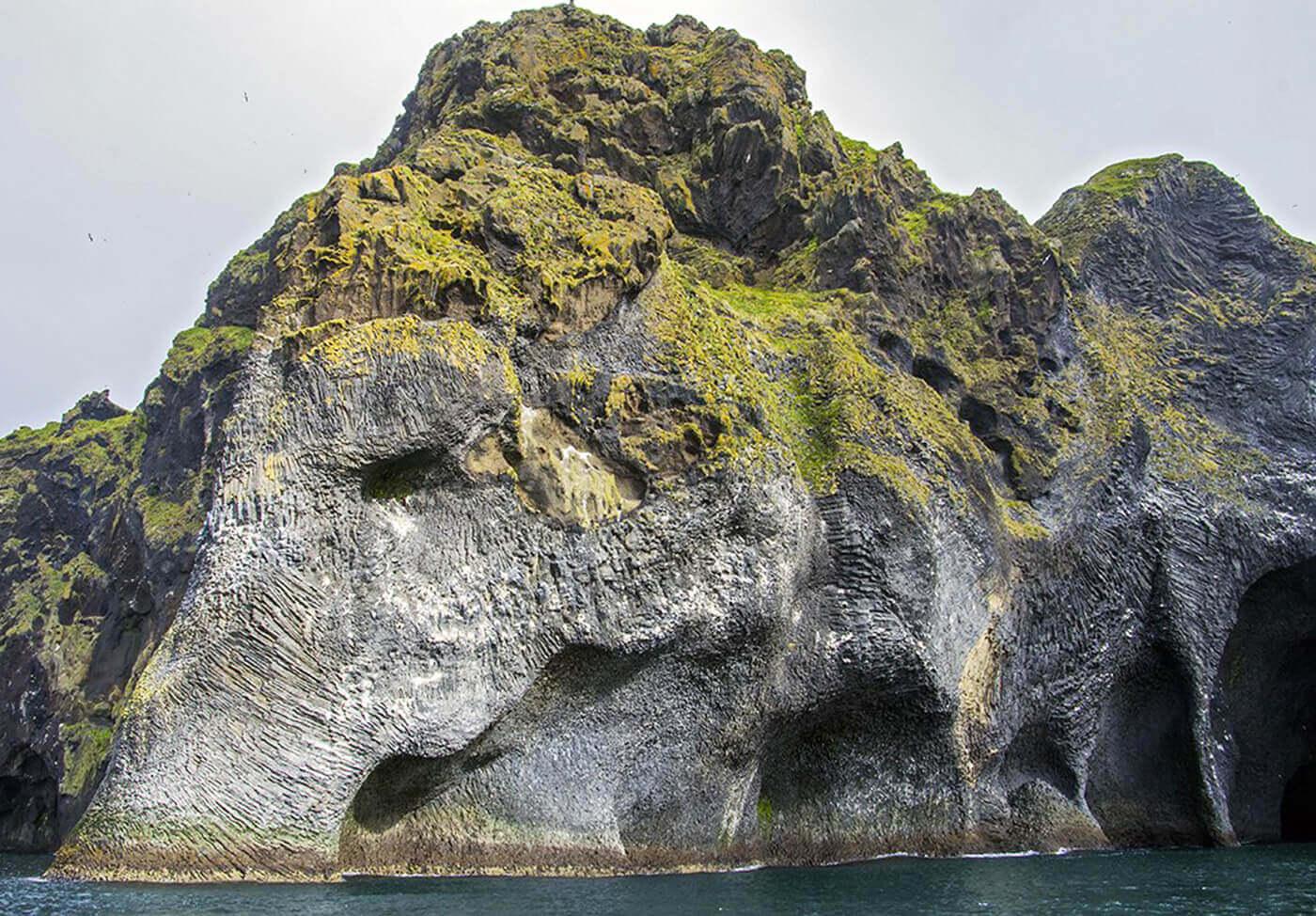 Elephant-Rock-Islanda