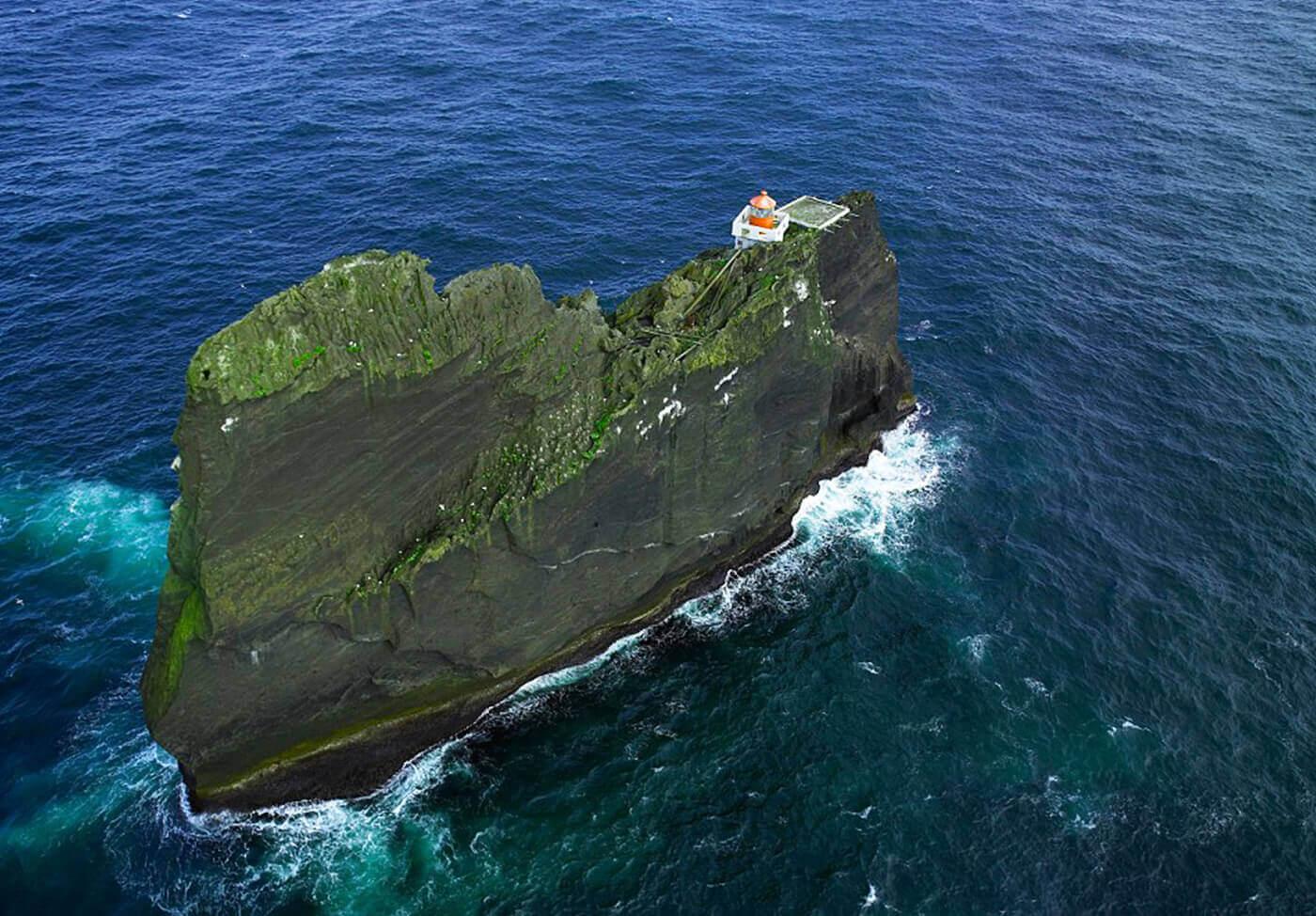 Faro-Thridarangar-Islanda