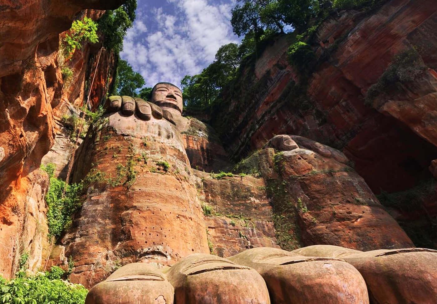 Buddha-di-Leshan-Cina-5