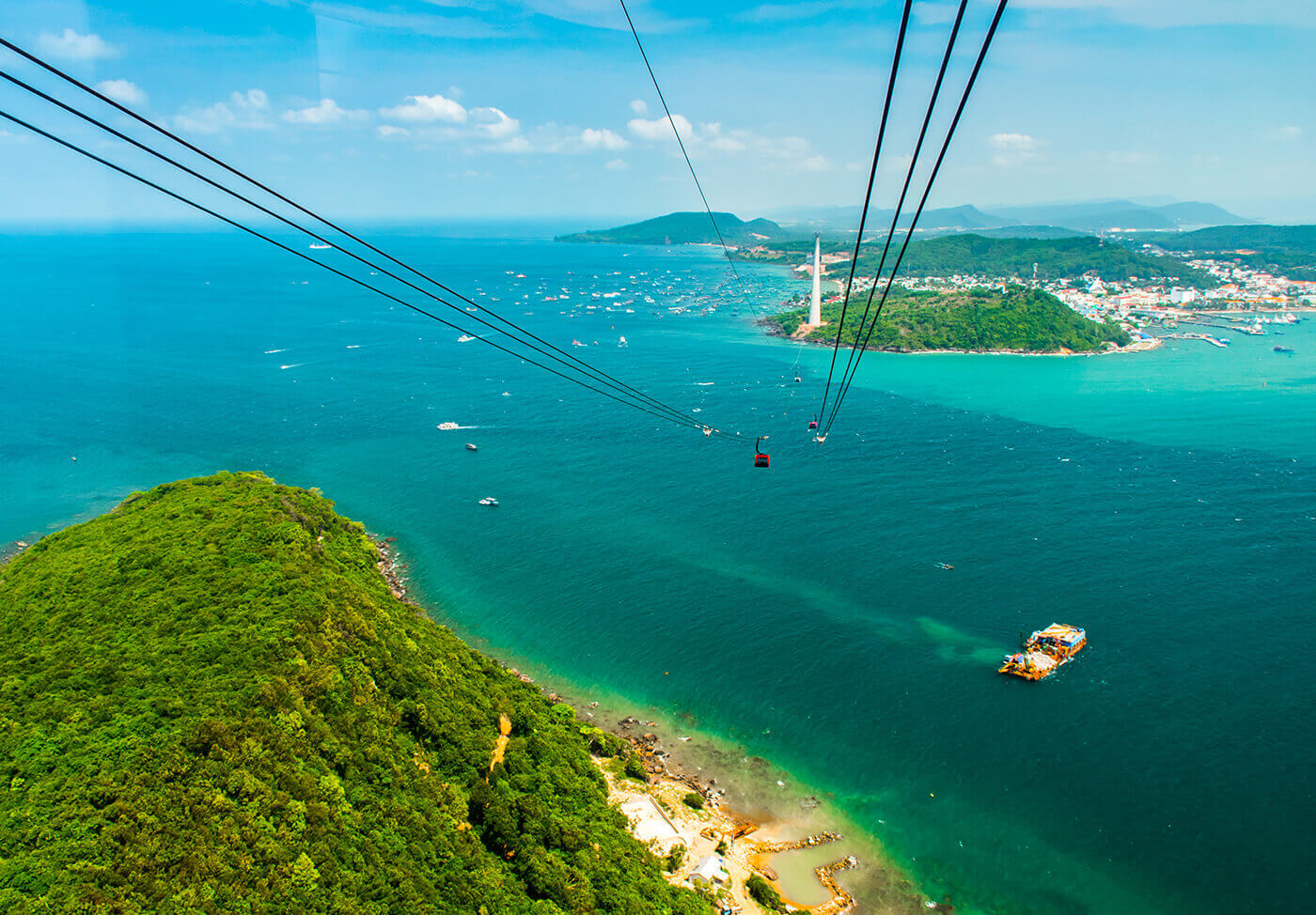 Hon-Thom-Cable-Car-Vietnam-3