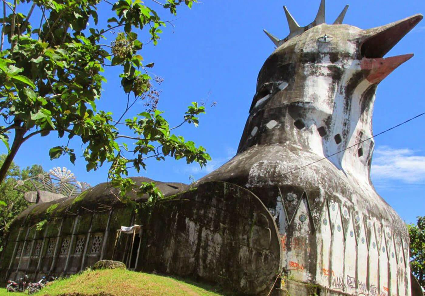 Gereja-Ayam-Indonesia2