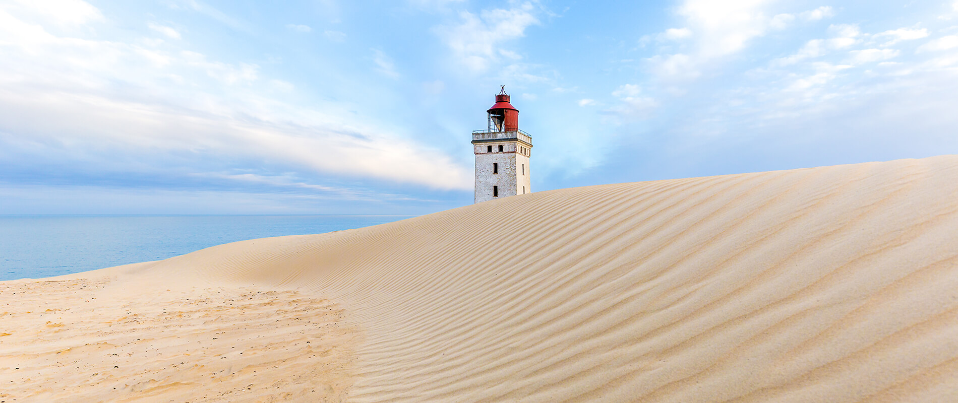 Rubjerg Knude, the lighthouse destined to disappear among the sand dunes