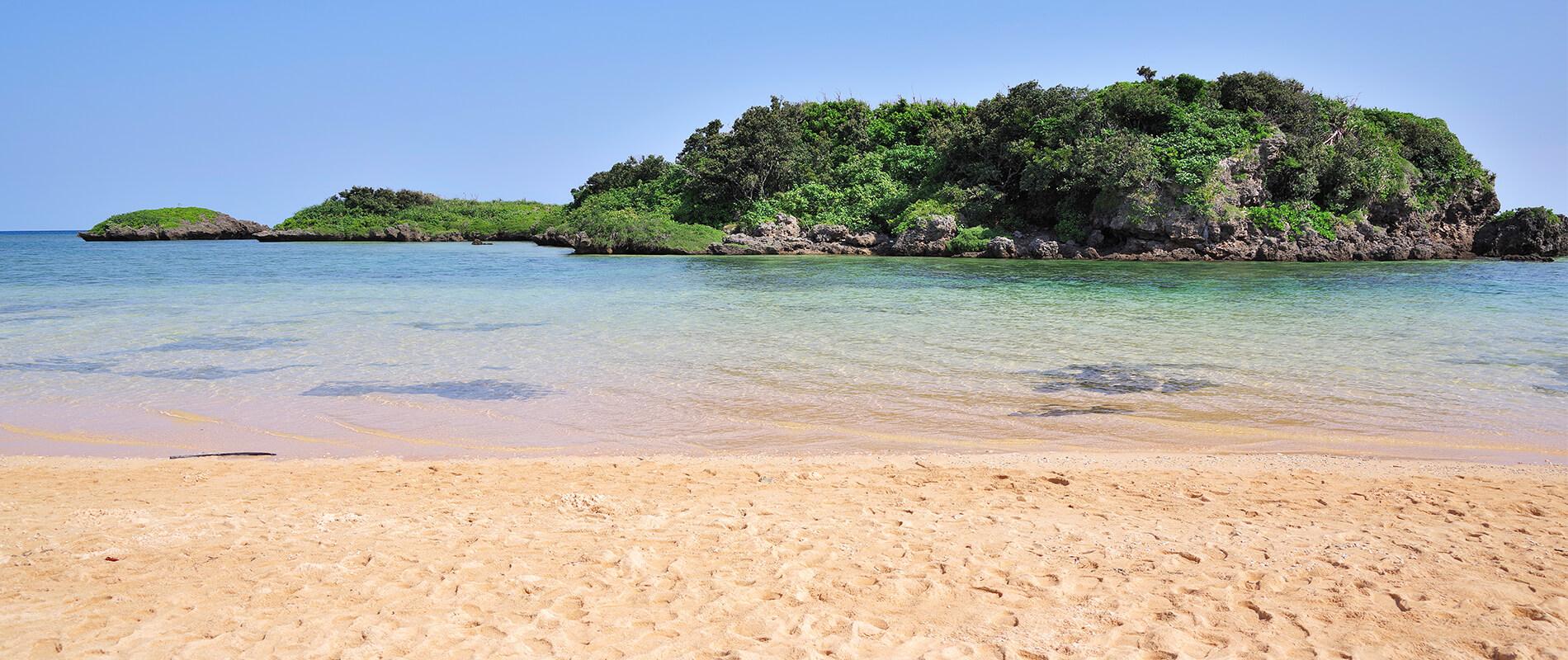 """Hoshizuna-no-Hama, la spiaggia """"stellata"""" di Okinawa"""