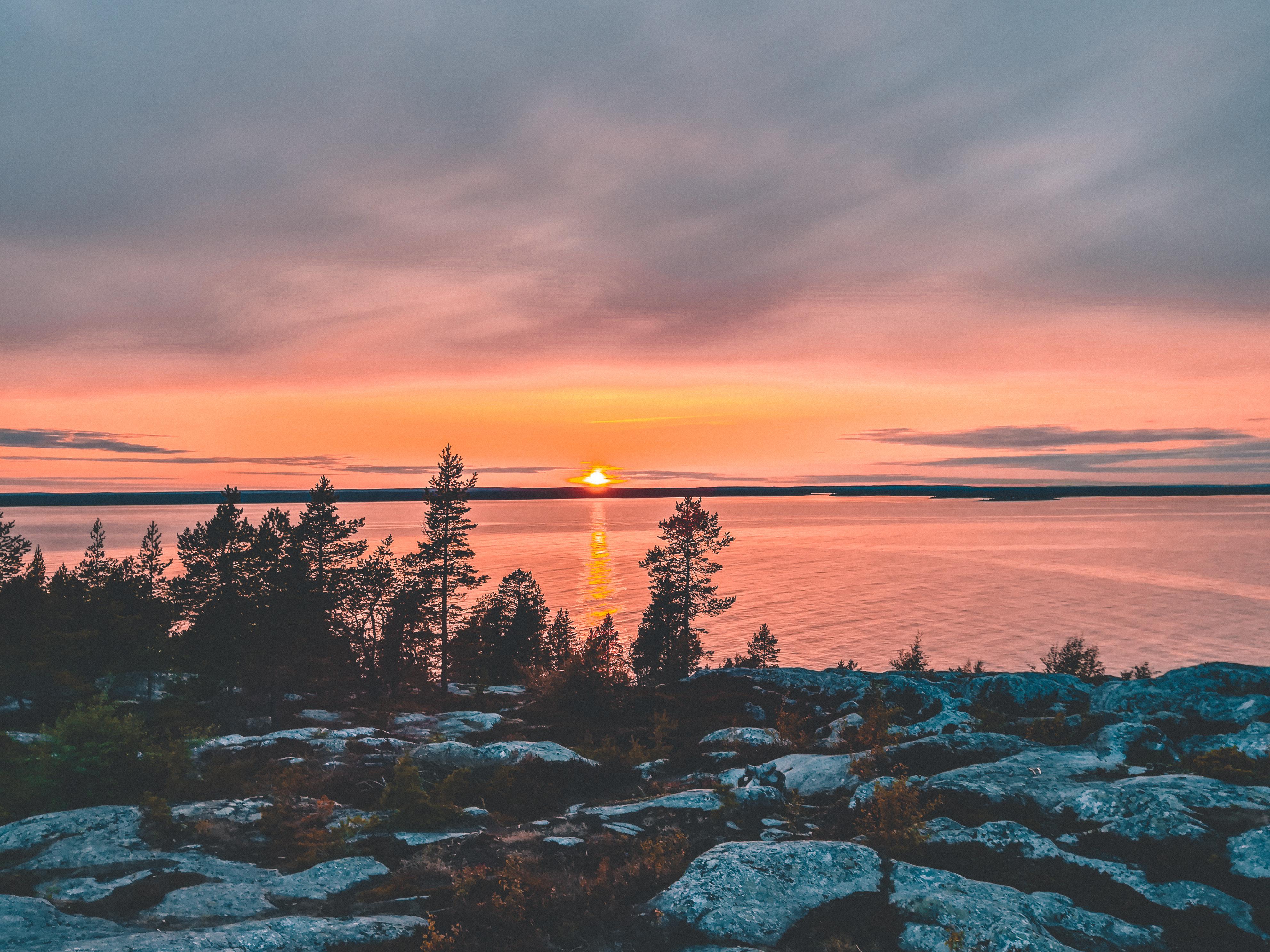 Bjuröklubb: dormire in un faro incantato nel nord della Svezia.